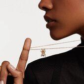 Collier amulette… Ce scarabée recherche l'harmonie dans nos vies et protège l'âme en tant qu'élément fondamental.  Découvrez la nouvelle collection PDPAOLA en boutique et sur notre e-shop: https://bijoux-totem.fr/10654-pdpaola  #pdpaola #collier #amulette #scarabée #spirituality #newcollection #bijoux #bijouxcreateur #bijouxfantaisie #shoppingaddict #shoppingonline #women #girls #womenstyle