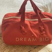 """Sac polochon couleur terracotta """" Dream Big"""" trop mignon, pour les filles qui ont de grands rêves✨  En vente en boutique et sur notre e-shop : https://bijoux-totem.fr/10651-marcel-lily  #marceletlily #sac #weekend #vacances #dream #voyage #accessories #girl #shopping #shoppingaddict #shoppingonline #bag"""